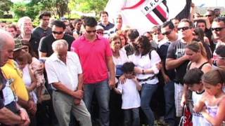 Download Brésil: dernier hommage rendu au joueur Socrates Video