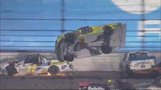 Download NASCAR Camping World Truck Series 2017. Daytona International Speedway. Incredible Last Laps Video