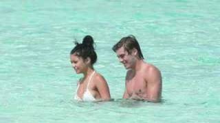 Download zac efron and vanessa hudgens - young and in love Video