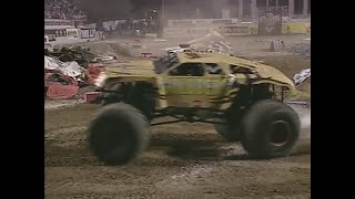 Download Freestyle Goldberg pt. 1 Monster Jam World Finals 2001 Video