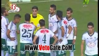 Download حسام حسن يشتبك مع ايهاب جلال خلال مباراة المصرى والمقاصة Video