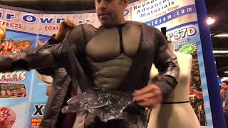 Download Arkham Knight (Muscle) Suit Up! Video