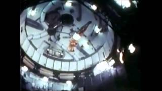Download NASA astronauts performing gymnastics on board of the Skylab Video