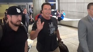 Download Arnold Schwarzenegger All Smiles About Donald Trump! Video