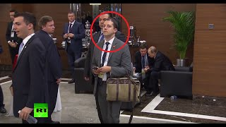 Download Full video of a man 'eavesdropping' on Putin & Obama at G20 Video