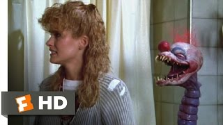 Download Killer Klowns from Outer Space (8/11) Movie CLIP - Capturing Debbie (1988) HD Video