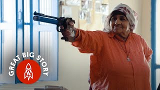 Download At 84, the World's Oldest Female Sharpshooter Doesn't Miss Video