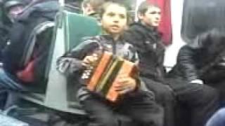 Download СМОТРЕТЬ ВСЕМ! Read description! Супер мальчик в электричке! Песня! читать описание. Video