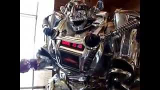 Download Funniest Robot In The World EVER! Giant Humanoid Robot - KING ROBOTA Video