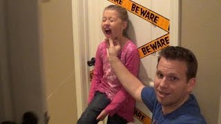 Download HOW TO PULL OUT A TOOTH WITH A DOOR! Video