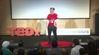 Download Educación con valores y virtudes | Carlos Kasuga | TEDxHumboldtLaHerradura Video