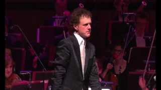 Download Funny! Orchestra plays Microsoft Windows™ - the waltz Video