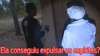 Download Levamos a BENZEDEIRA, REZADEIRA na casa assombrada, terror espíritos malignos Video