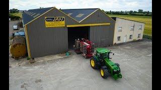 Download ETA JAN - JOHN DEERE 8370R at a seeding days ! Video