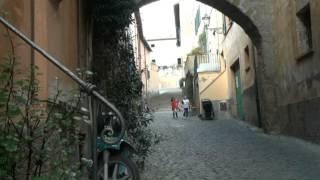 Download Tuscania, un borgo medievale unico. Video