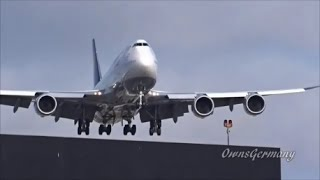 Download Low Landing Boeing 747's - 8 Boeing 747 Variations Close Up Landings @ LAX Video