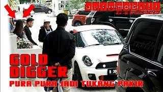 Download ORANG KAYA NYAMAR JADI TUKANG PAKIR!! NGERJAIN CEWEK SUPER MATRE- ( GOLD DIGGER PRANK ) Video