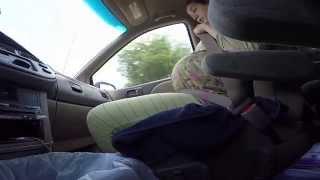 Download Женщина рожает в машине по дороге в больницу Video