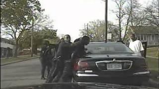 Download Mob Attacks Kalamazoo Police Officer Video