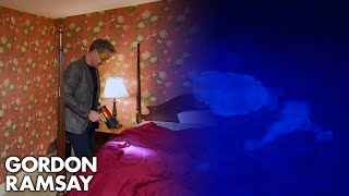 Download Ramsay Refuses to Swim in Disgusting Hotel Pool | Hotel Hell Video