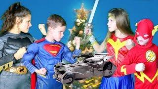 Download Justice League Toys Christmas Battle SuperHero Kids! Video