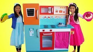 Download Wendy & Emma Pretend Play w/ Giant Kitchen Cooking Toy Compilation Video