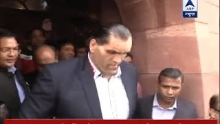 Download WWE wrestler The Great Khali met PM Modi, praised demonetisation move Video