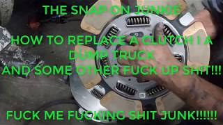 Download HOW TO REPLACE A CLUTCH IN A DUMP TRUCK THE SNAP ON JUNKIE Video