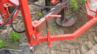 Download Mechanical weeder and annihilate weeds -mechaniczne niszczenie chwastów pielaczem Lamborghini RF 70 Video