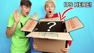 Download WHATS IN THE BOX? MY BROTHERS BIG SURPRISE!! Video