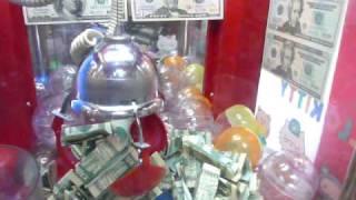 Download UFO catcher (Claw machine)- Winning Cash Video