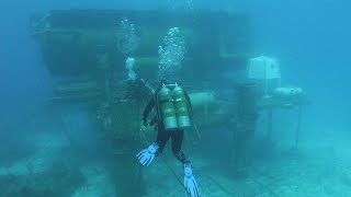 Download Best Places to Dive in the USA Video