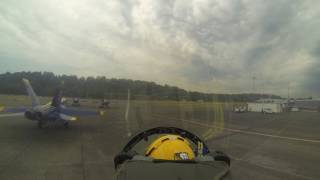 Download Blue Angels - Slot Looking Forward - Seattle - August 2014 Video