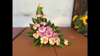 Download Cắm hoa để bàn -dĩa hoa cẩm chướng cam - tím Video