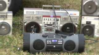 Download JVC RV-NB1 Kaboom Conion C-100F Boombox via Sony WM-F10II Walkman Stereo Review Comparison Video