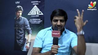 Download Comedy Actor Sathish: Vijay Teaches Value of Punctuality | Birthday Special | Kaththi Teaser Video