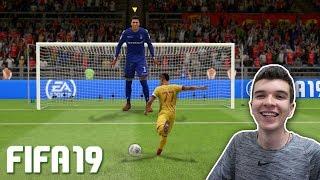 Download QUE APELÃO!!! TENTANDO JOGAR COM O MAIOR JOGADOR POSSÍVEL DO FIFA 19!!! Video