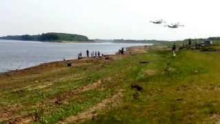 Download два самолета БЕ-200 набирают воду на реке Обь Video