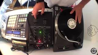 Download Making a sampled hip hop beat out of records with Maschine and Teenage engineering OP-1 Video