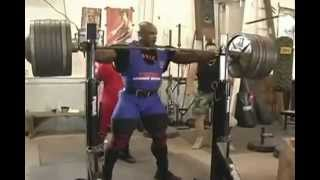 Download Ronnie Coleman doing Squats with 800 Pounds Video