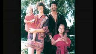 Download Bruce Lee Family Photos Video