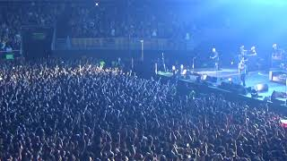 Download Pearl Jam en Chile 2018 - Given To Fly Video