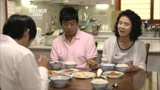 Download 응답하라 1997 성동일 후라이로 뺨때기를 확 ~ ㅋㅋ Video