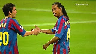 Download Ronaldinho in Messi SHADOW ● 5 Times Messi Outshined Ronaldinho Totally ¡! Video