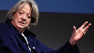 Download In conversation with Maggie Smith: ″I led a perfectly normal life until Downton Abbey″ | BFI Video