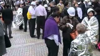 Download 2011-3-11東日本大地震・東京オフィス街は整然と避難.wmv Video
