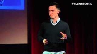 Download ¿Qué hace único a un gran comunicador? | Javier Cebreiros | TEDxMirasierra Video