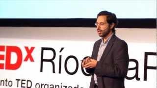 Download Dos caminos hacia la justicia educativa | Axel Rivas | TEDxRíodelaPlata Video