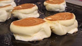 Download 부드럽고 촉촉한 수플레 팬케이크 (egg souffle pancake, パンケーキ, 餅子 12,000KRW) korean street food / 강남역 19티 Video