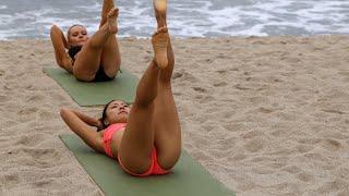 Download VR Bikini Yoga - Venice - Lesson 4: Abs Video
